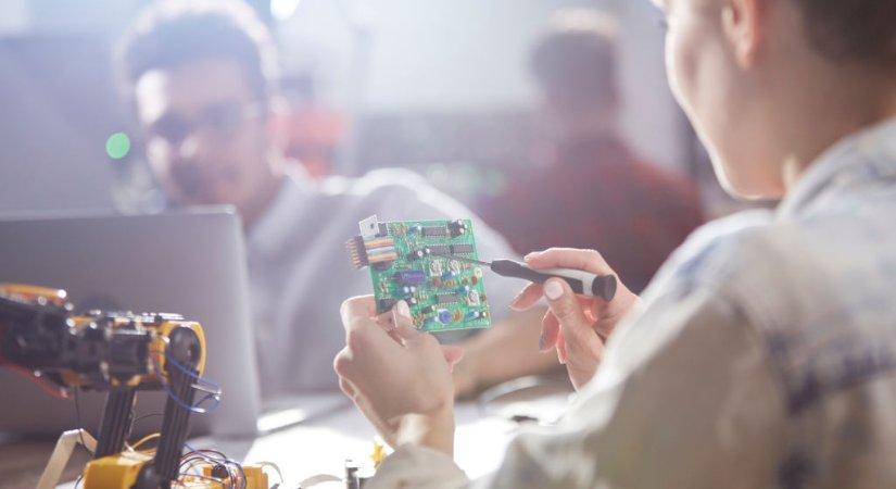 Elektrik -Elektronik Mühendisi