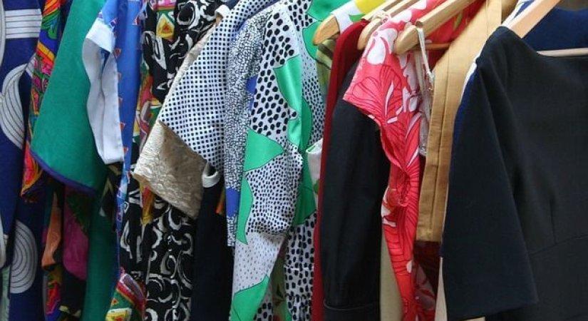 İkinci El Kıyafet Mağazası Açarak Para Kazanın