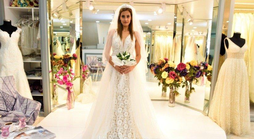 Mia Bride Gelinlik ve Damatlık Giyim Bayilikler Veriyor
