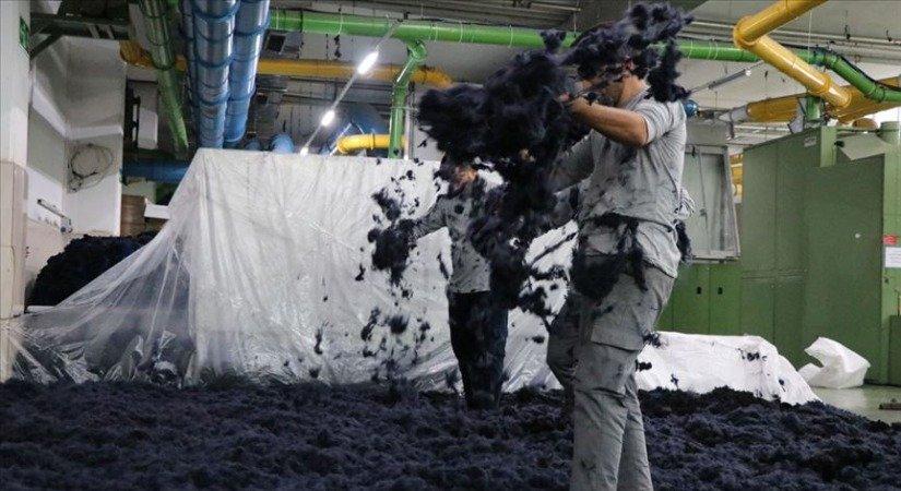 Plastik Atıktan Kumaş Üreten Firma 70 Ülkeye İhracat Yapıyor