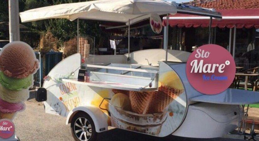 Sto Mare Dondurma Caretta Karavan ile Dondurma Bayiliği Veriyor